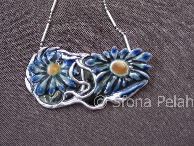 silver-pendant-by-sfona-pelah-2007